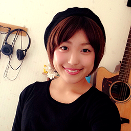 小野田 依子